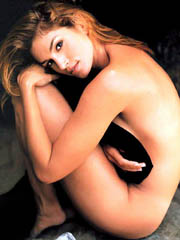 Celeb Cindy Crawford nude pictures.