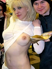 Beauty celebrity Courtney Love nude..