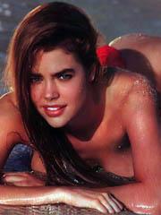 Celeb Denise Richards sex photos.