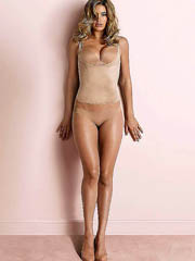 Doutzen Kroes hot body in some lingerie..