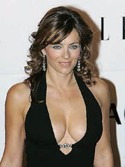 Elizabeth Hurley flashes hot milf..