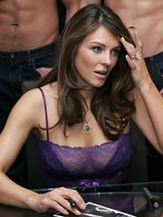 Beauty celebrity Elizabeth Hurley nude..