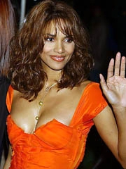 Halle Berry oops big tits almost..