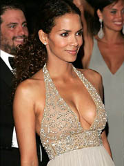 Halle Berry big tits are almost fell..