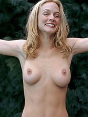Beauty celebrity Heather Graham sex..