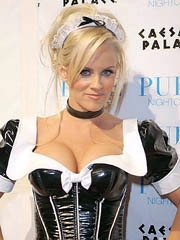 Jenny Mccarthy topless shows her big tits