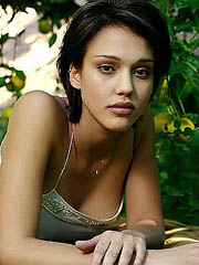 Jessica Alba looks unmitigatedly hot as..