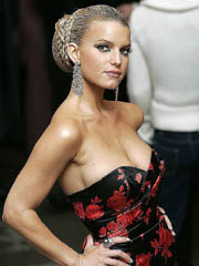 Beauty celebrity Jessica Simpson nude..