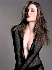 Beauty celebrity Julianne Moore carnal..