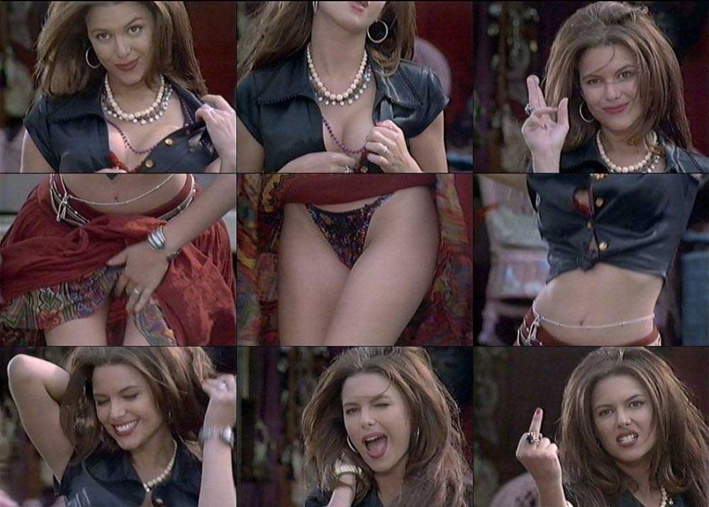 Beauty celebrity Kari Wuhrer sex photos.