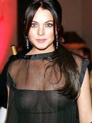 Celeb Lindsay Lohan naked pics, oops!