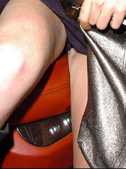 Lindsay Lohan oops flashes off upskirt