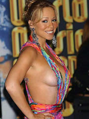Mariah Carey oops flashes off pussy..