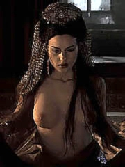 Celebrity Monica Bellucci naked pics,..