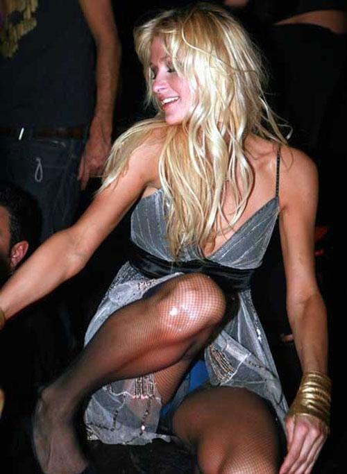 Beauty celebrity Paris Hilton naked pics, oops!. Photo #10.