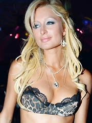 Beauty celebrity Paris Hilton naked..