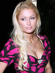 Beauty celebrity Paris Hilton nude..