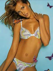 Petra Nemcova does hot bikini photoshoot