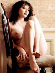 Shannen Doherty topless and bikini..