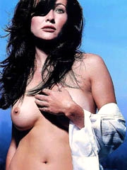 Shannen Doherty topless looking damn hot