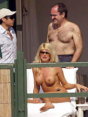 Big draw Victoria Silvstedt nude..