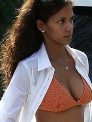 Halle Berry has perfect tits
