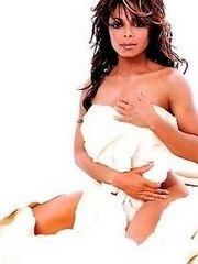 Janet Jackson sunbathing naked anent..