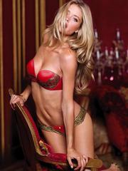 Sexy gorgeous Doutzen Kroes lingerie..