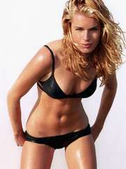 Rebecca Romijn's Gorgeous Beach Body
