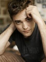Robert Pattinson Is One Sexy Undead