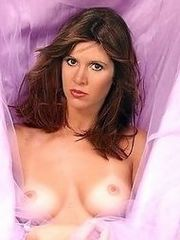 Carrie Fisher naked and posing sexy in..